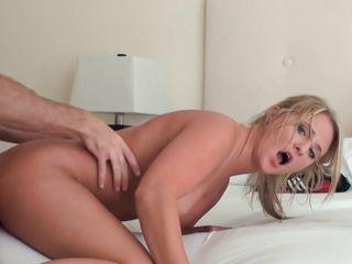 Порно видео большие сиськи блондинки