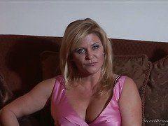 Молодые девушки с большой грудью секс